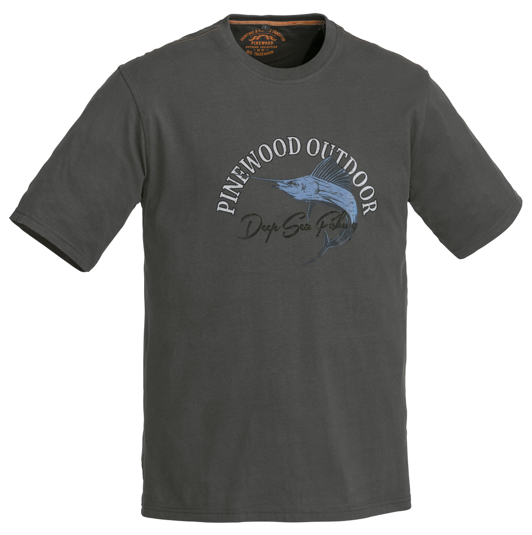 pinewood fish 2018 t shirt t shirts t shirts produkte pinewood. Black Bedroom Furniture Sets. Home Design Ideas
